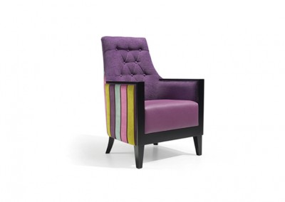 Fauteuil EHPAD violet