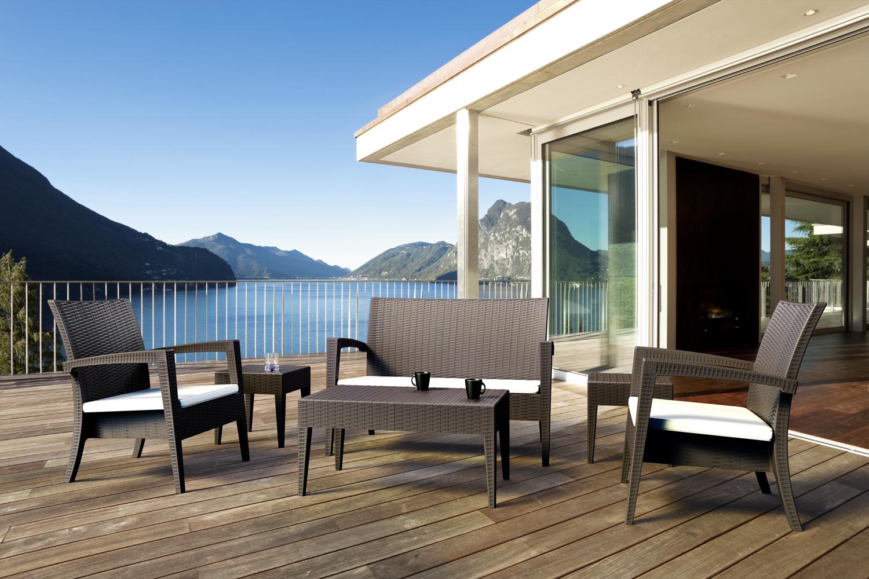 mobilier bar lounge fauteuils bas tables et chaises basses am d. Black Bedroom Furniture Sets. Home Design Ideas